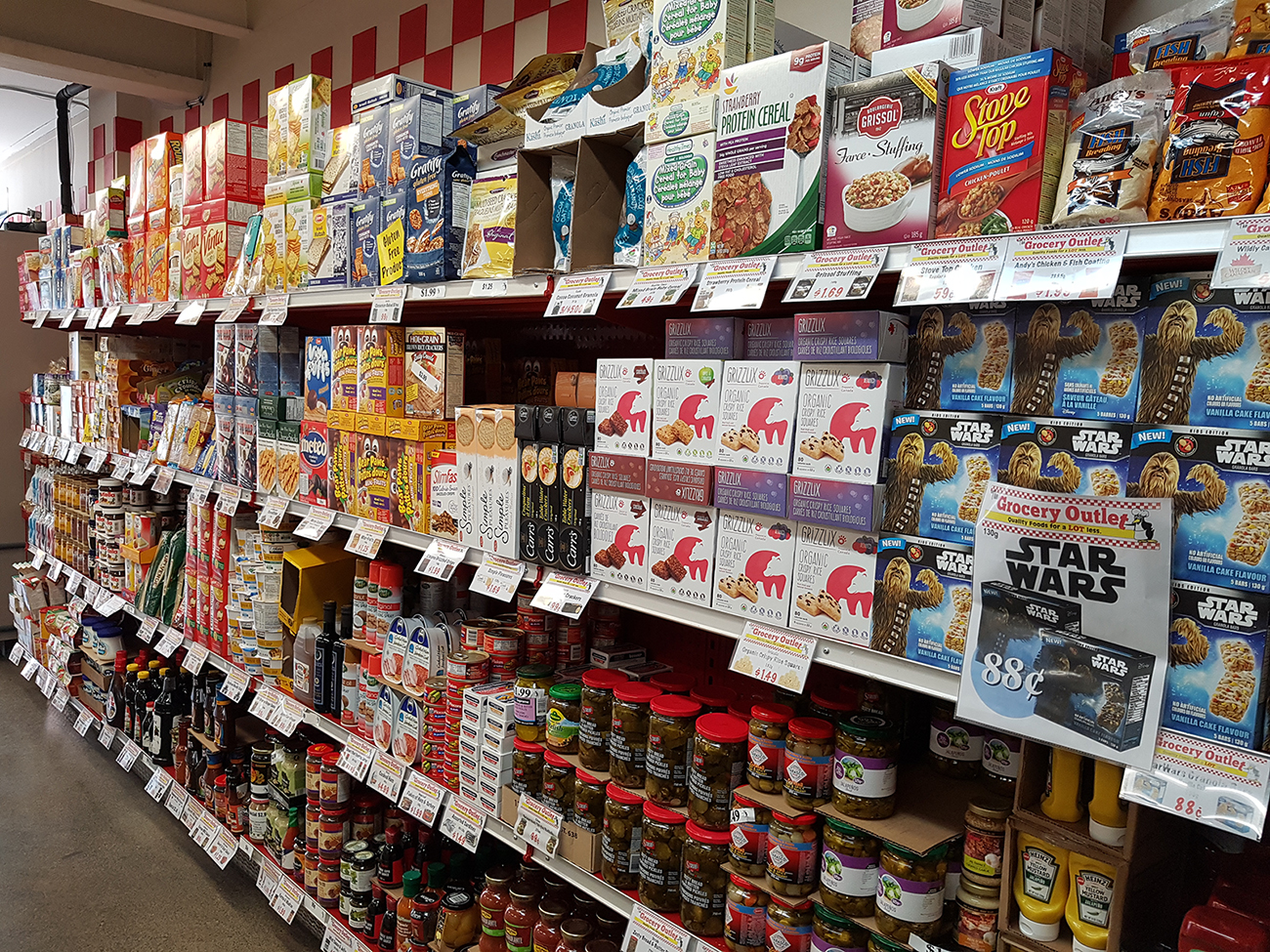 The Grocery Outlet | Quality Foods for a LOT less